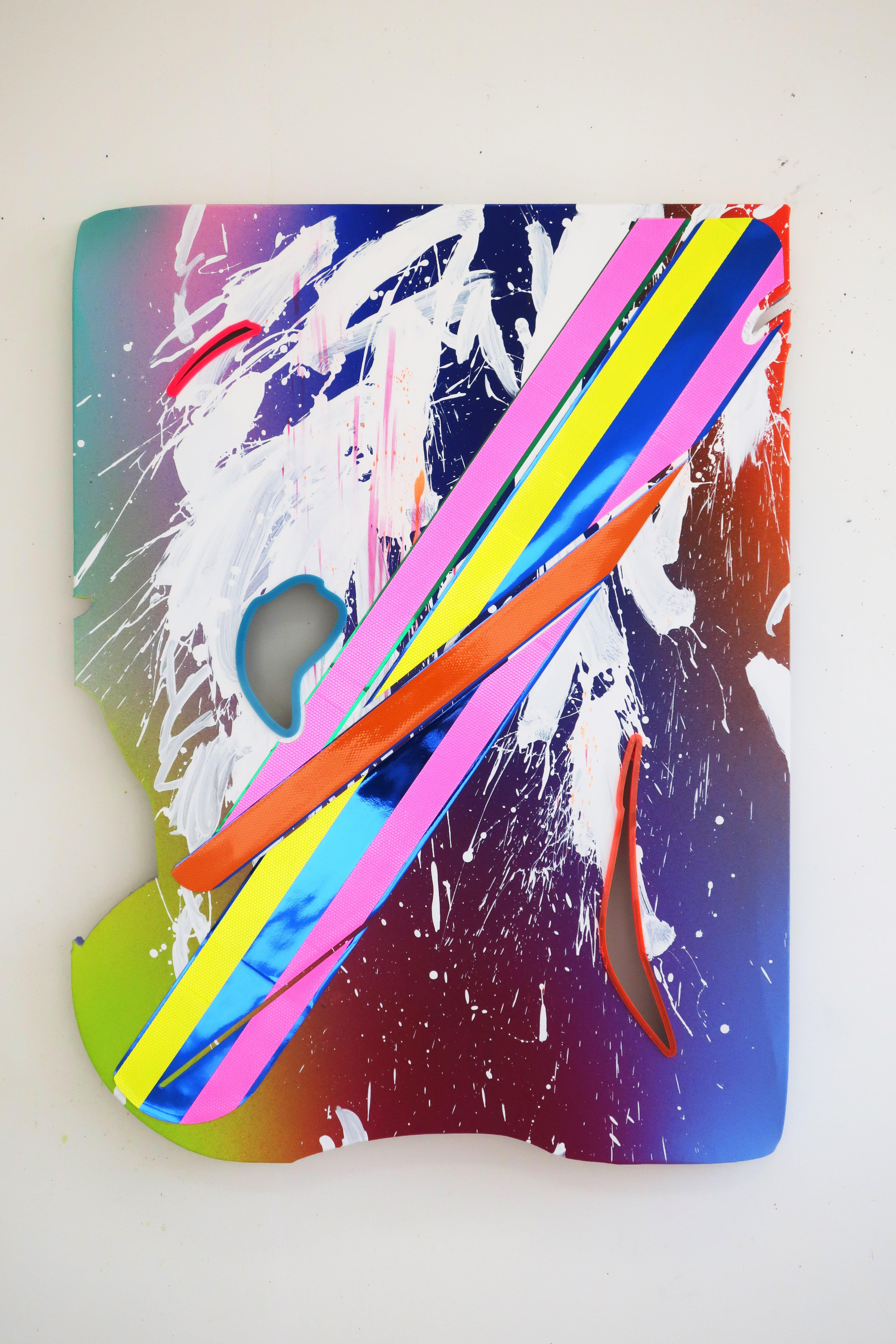 NemesM_Police-Paintings-07_2019_120x90cm_light-reflective-vinyl-mirror-paper-lasercut-perspex-acrylic-canvas-wood-min