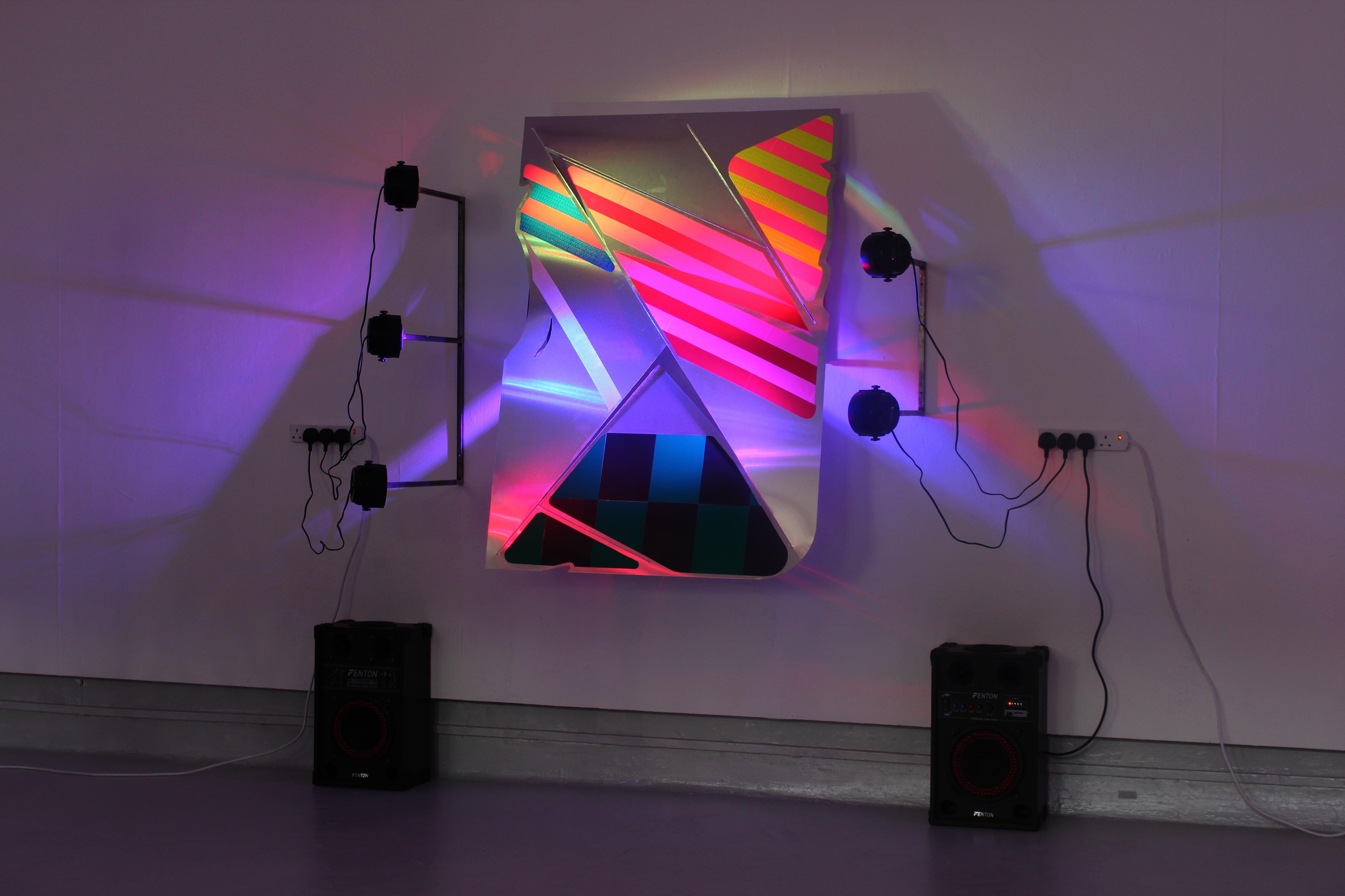NemesM_Police-Party-01_2018_136x96-cm_aluminium-steel-light-reflective-vinyl-dj-lights-speakers-min