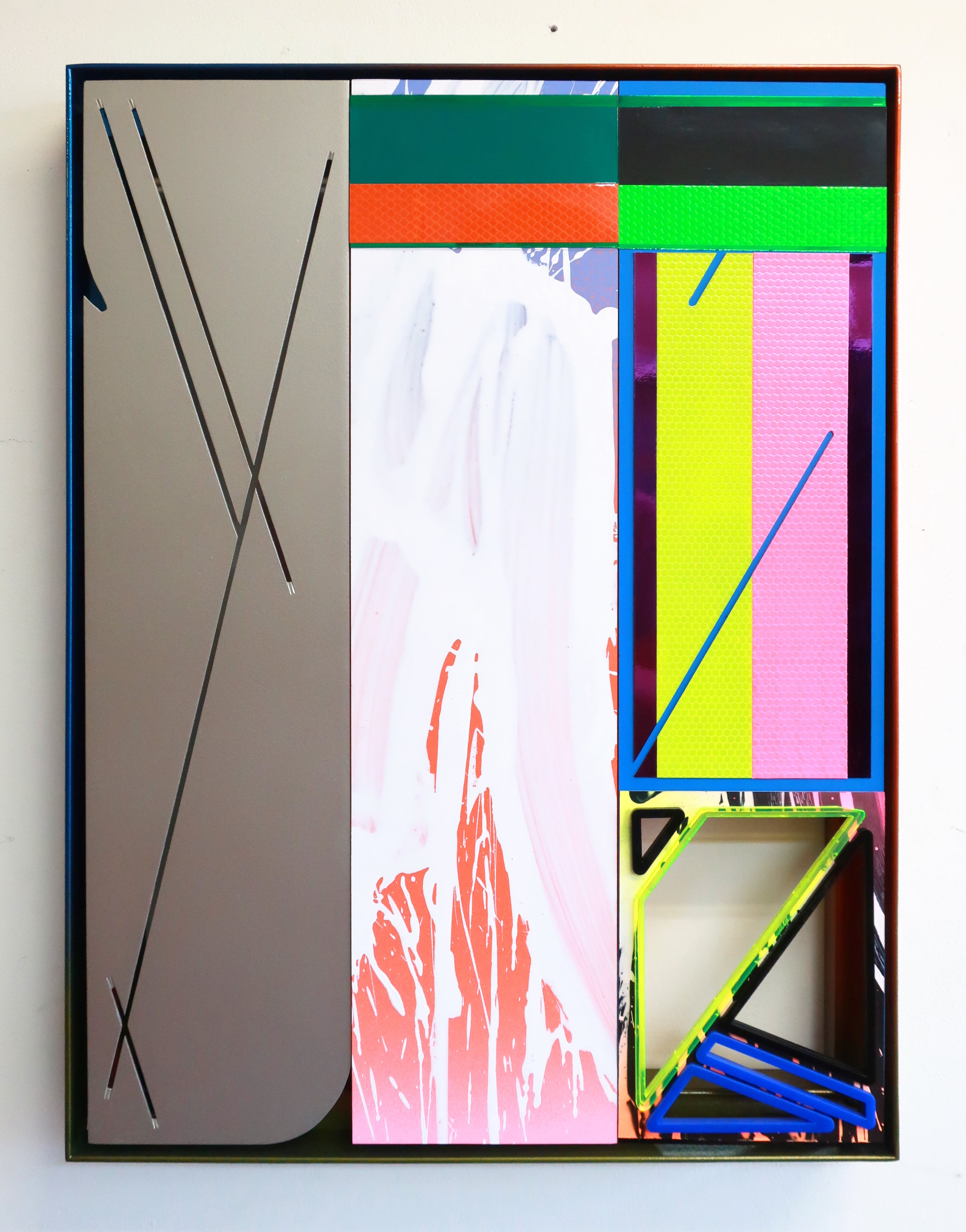 NemesM_Police-Party-06_2019_55x40cm_steel-carpaint-aluminium-foamex-PVC-acrylic-light-reflective-vinyl-mirror-paper-lasercut-perspex-min